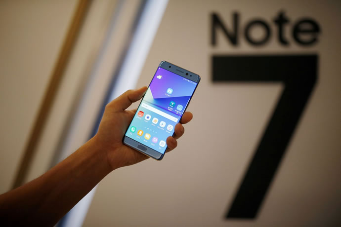 samsung sdi struggles to gain new customers after galaxy note7 fiasco