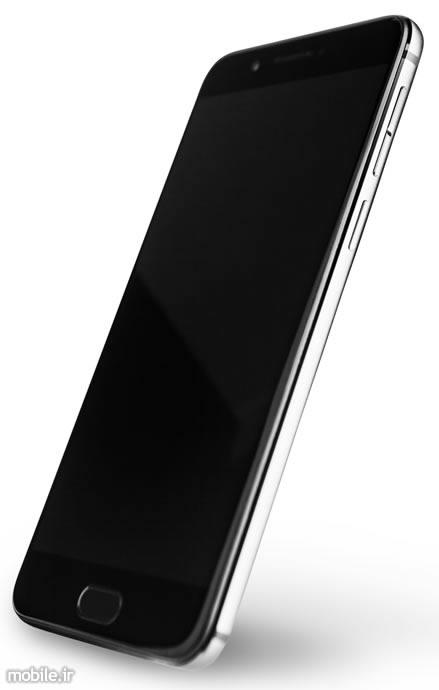 Introducing YotaPhone 3