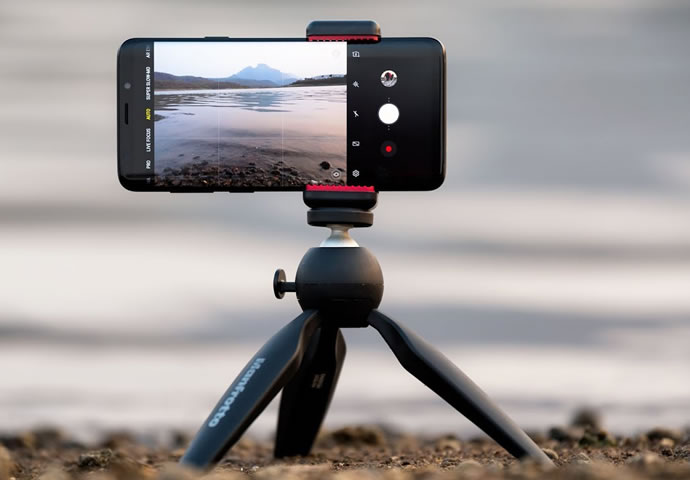 Zeiss CEO Michael Kaschke Talks About Mobile Photography Limits