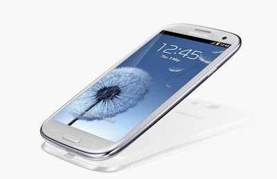 www.writeage.comimagessamsunggalaxysiiivshtconex04.jpg بررسی تخصصی چهار هستهای: Samsung Galaxy S III vs HTC One X